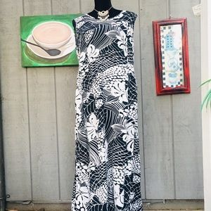 Jams World white and black floral maxi dress XL.